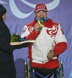Паралимпийцам победы нужнее